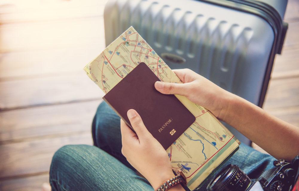 https://predeevo.com/wp-content/uploads/2020/09/passport-1000x640.jpg